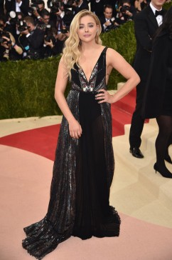 Met-Gala-2016-Red-Carpet-Rundown-Fashion-Part-Two-Tom-Lorenzo-Site-7